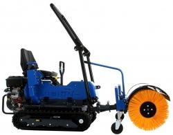 tracteur à chenille avec brosse
